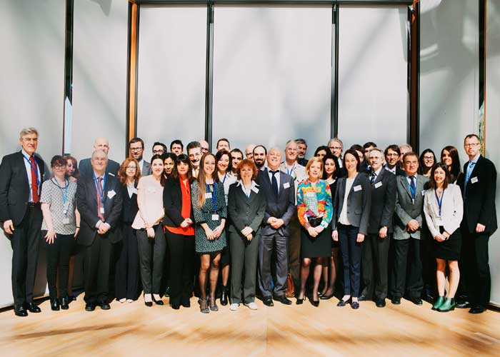 3rd Annual Meeting of the Knowledge Programme EIBURS, celebrado el 22  y 23 de abril de 2015 en el Banco de Inversiones Europeao en Luxembourgo. Foto de grupo.